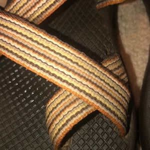 Chaco Shoes - Women's chacos! Sz 7